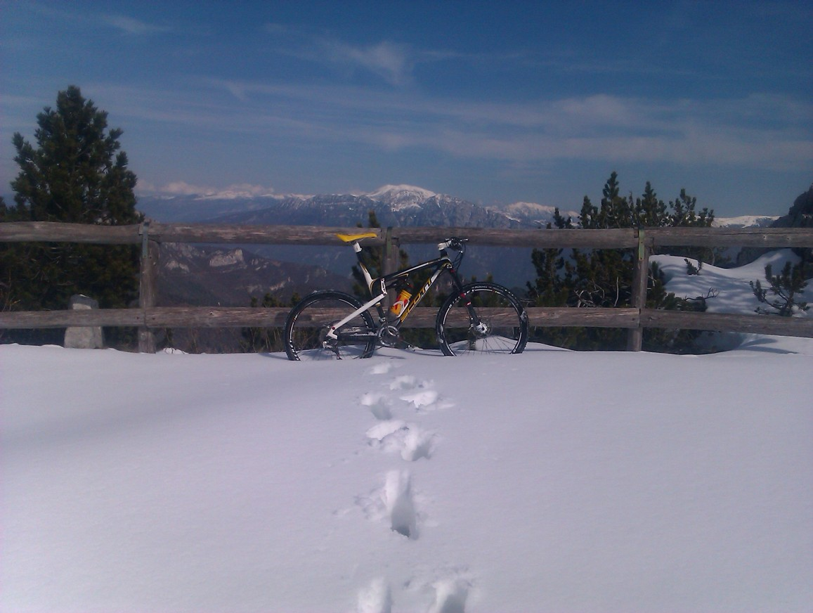 Sníh na Tremalzu